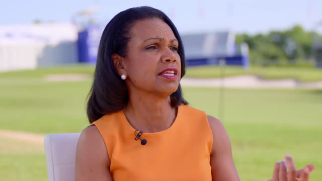vidéos et rushes de former secretary of state, condoleeza rice doesn't think we're the type of country that's going to deport millions of people. she doesn't think we... - united states and (politics or government)
