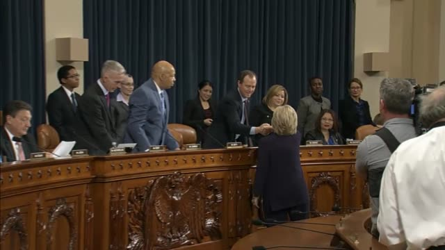 former secretary of state hillary clinton arrives at a house hearing room for public testimony with the house select committee on benghazi - 法廷審問点の映像素材/bロール