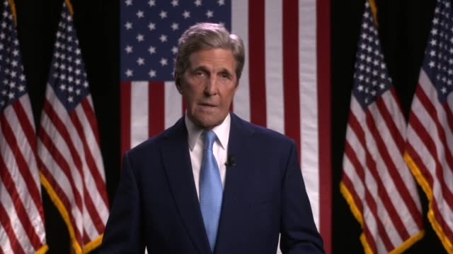 vídeos de stock e filmes b-roll de former secretary of state john kerry says donald trump inherited a growing economy and a more peaceful world but like everything else he inherited... - política e governo