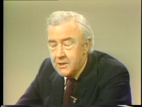 vidéos et rushes de former senator and independent presidential candidate eugene mccarthy discusses the effect of union endorsements on the democratic party. - eugene j. mccarthy