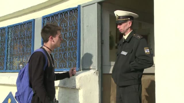 former ukrainian soldiers in crimea are having to make the difficult choice between joining the russian army or looking elsewhere for work clean... - sevastopol crimea stock videos and b-roll footage