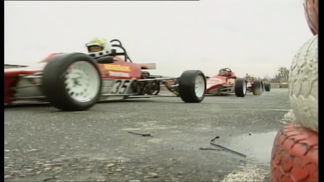vídeos de stock e filmes b-roll de formula ford racing car - fórmula