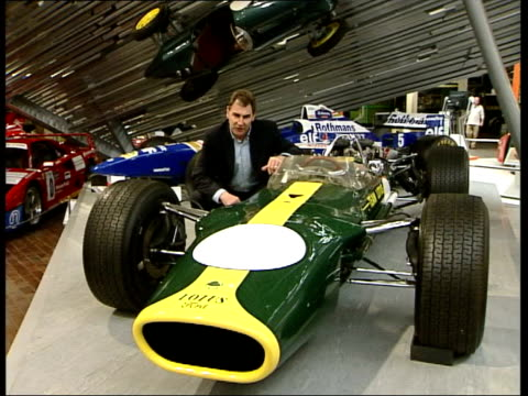 vidéos et rushes de radical changes approved itn england beaulieu motor museum int i/c next to lotus f1 car driven by graham hill in the late 1960's - graham hill