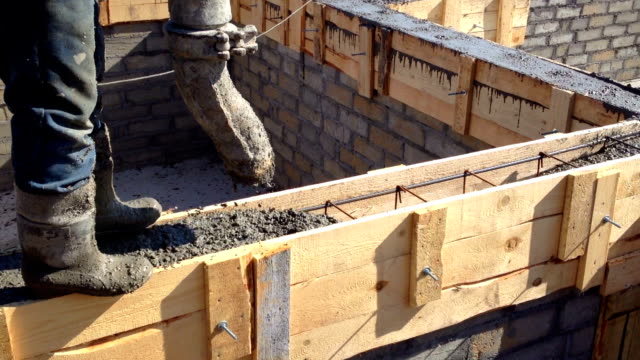 formwork concrete - roof beam stock videos & royalty-free footage