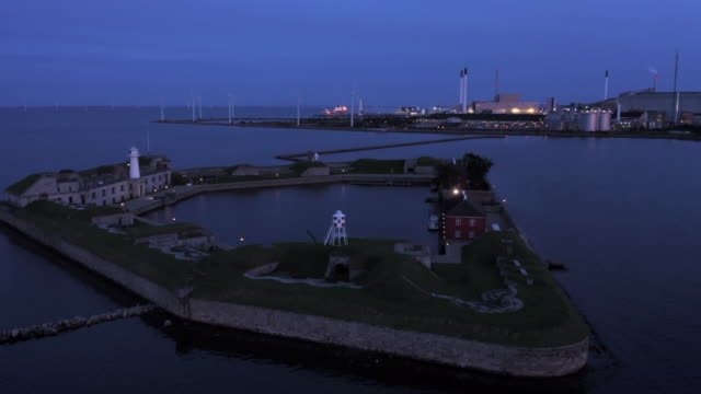 vidéos et rushes de fort at copenhagen harbour - bo tornvig