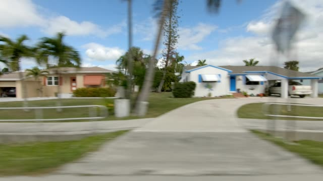 stockvideo's en b-roll-footage met fort myers beach xxiv gesynchroniseerde serie rechts zicht rijproces plaat - fort myers