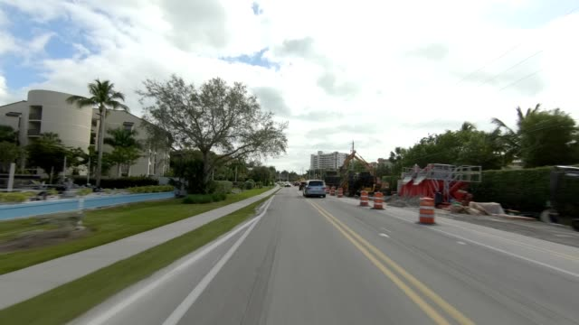 fort myers beach xxv synced series rear view driving process plate - fort myers beach stock videos & royalty-free footage