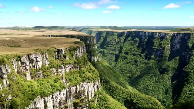 canyon di fortaleza in brasile - stato di rio grande do sul video stock e b–roll