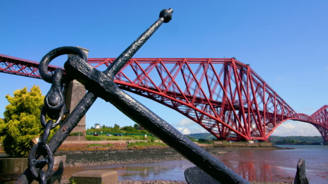 forth rail bridge & anchor, north queensferry, scotland - cantilever stock videos & royalty-free footage