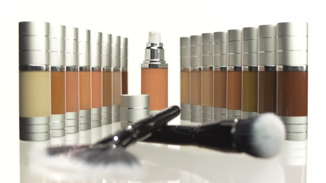 HD: Foundation Set With Make-Up Brushes