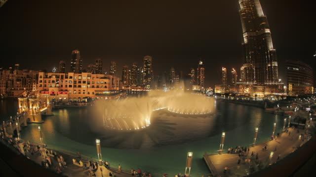 WS HA Fountain and Burj Khalifa / Dubai, United Arab Emirates