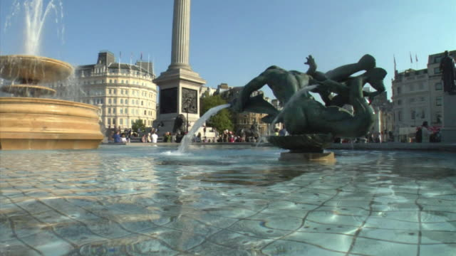 ms, fountain and nelson's column in trafalgar square, london, england - nelson's column stock videos and b-roll footage