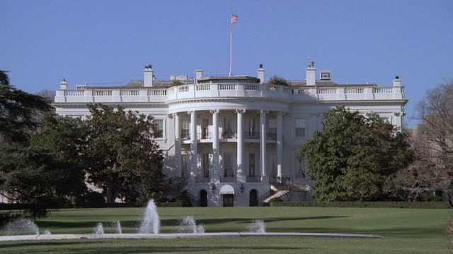 ws fountain bubbling on white house lawn / washington, district of columbia, united states of america - 2000s style stock videos & royalty-free footage
