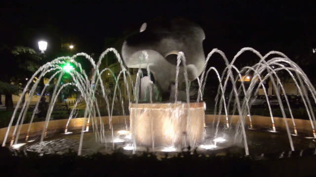 fountain in madrid - town square stock videos & royalty-free footage