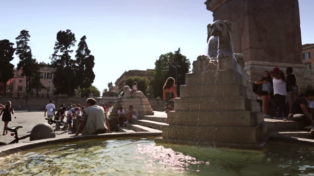 fountain in piazza del popolo in rome - animal representation stock videos & royalty-free footage