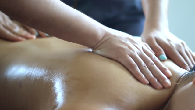 four hand massage spa
