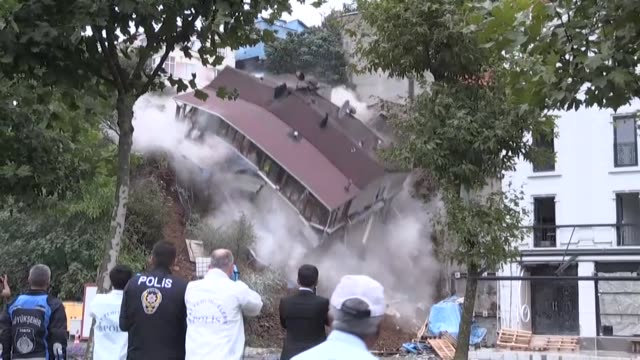 fourstorey building collapses in sutluce neighborhood of istanbul's beyoglu district after a landslide took away the foundation on july 24 2018 - natural disaster stock videos & royalty-free footage