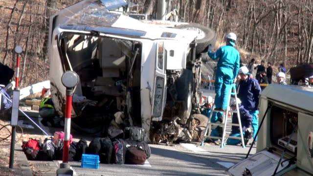 Fourteen people died and 26 were injured when a packed ski tour bus crashed Friday morning in central Japan in the worst bus accident in the country...