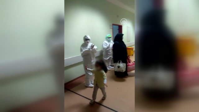 a fouryearold girl who was infected with and survived from the covid19 is discharged from sutcu imam university medical faculty hospital with the... - demobilisation stock videos & royalty-free footage