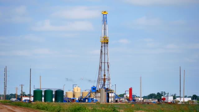 stockvideo's en b-roll-footage met fracking oklahoma - schalie