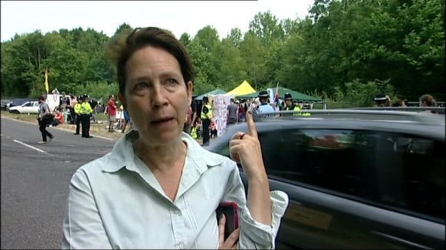 protests in Balcombe Juliet Harris interview SOT / James Hodgson interview SOT