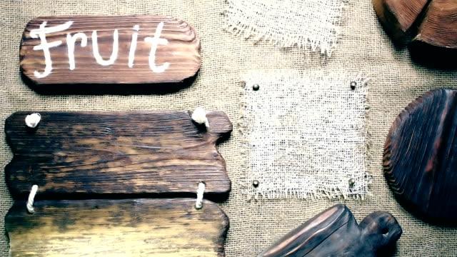 黄麻布の木簡のフレーム - 荒い麻布点の映像素材/bロール