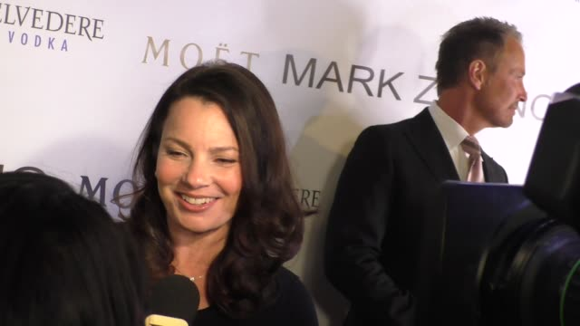interview fran drescher talks about fashion at the mark zunino atelier store opening in beverly hills celebrity sightings on january 07 2016 in los... - atelier fashion stock videos & royalty-free footage