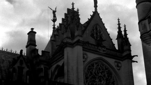 dx - france - a french chateau - chateau pierrefonds, oise - french castle - up at tower - probably a chapel - b&w. - chapel stock videos & royalty-free footage