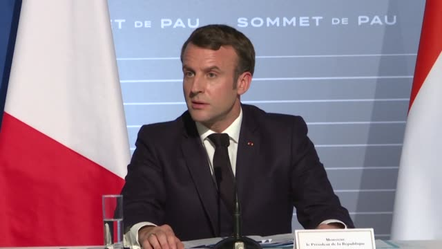 france and its five partner nations in the sahel region of west africa pledge to bolster their efforts against jihadists waging an increasingly... - nackenrolle kopfkissen stock-videos und b-roll-filmmaterial