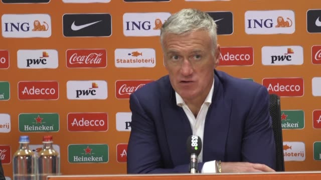 france claimed an exciting 32 friendly win over the netherlands on a night of emotion in amsterdam on friday the day after dutch legend johan cruyff... - oranje stock videos & royalty-free footage