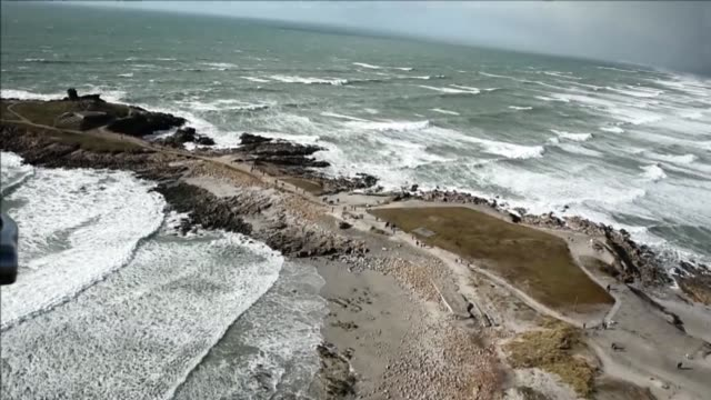france kicked off nearly a month of exceptionally large spring tides saturday as tourists flocked to coastal areas to witness spectacularly high... - witness stock videos & royalty-free footage