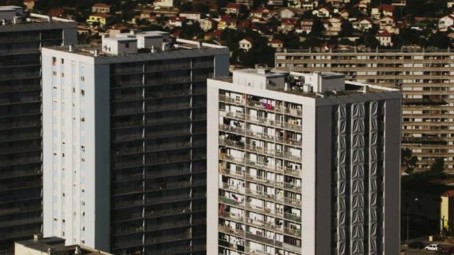 vidéos et rushes de france, marseille: buildings and cityscape - quartier