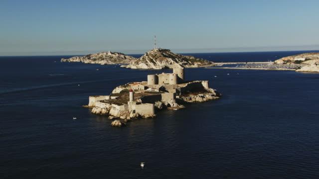vidéos et rushes de france, marseille: if castle panoramic - château
