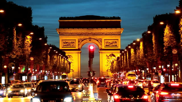 france paris arc de triomphe avenue champs elyses - 凱旋門点の映像素材/bロール