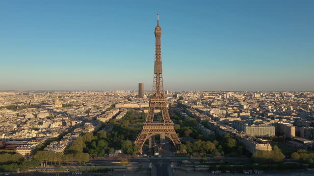 france, paris cityscape with trocadero and eiffel tower, drone aerial view - エッフェル塔点の映像素材/bロール
