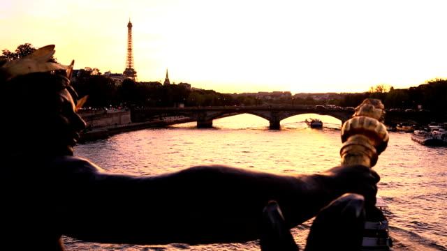 france paris pont alexandre 111 bridge river seine eiffel tower sunset - pont alexandre iii stock videos & royalty-free footage