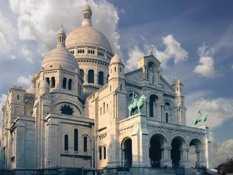 france, paris, sacre coeur - basilique du sacre coeur montmartre stock videos & royalty-free footage