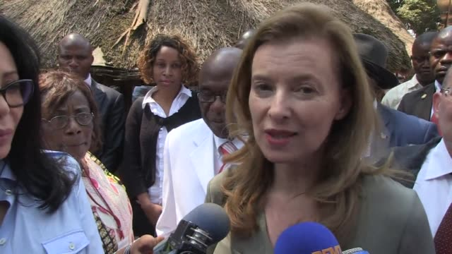 Frances First Lady Valerie Trierweiler visited the Democratic Republic of Congo Monday alongside French Cultural Affairs Minister Yamina Benguigui...