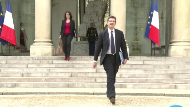 frances minister for industrial recovery arnaud montebourg says he blocked a takeover of french video site dailymotion by yahoo because the purchase... - yahoo brand name stock videos & royalty-free footage