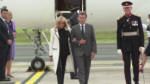 france's president emmanuel macron and wife brigitte macron arrive at cornwall airport newquay, near newquay, cornwall, on june 11, 2021 for the g7... - leisure activity stock videos & royalty-free footage
