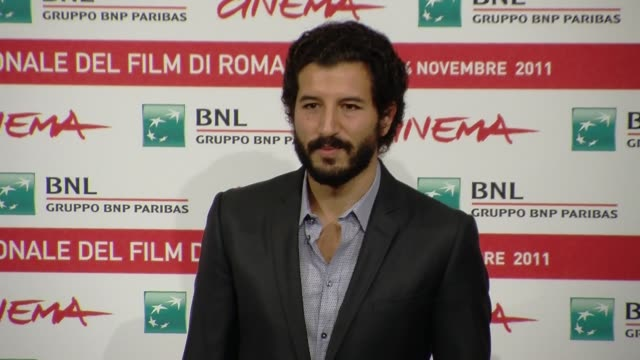 francesco scianna francesco scianna on october 30 2011 in rome italy - フォトコール点の映像素材/bロール