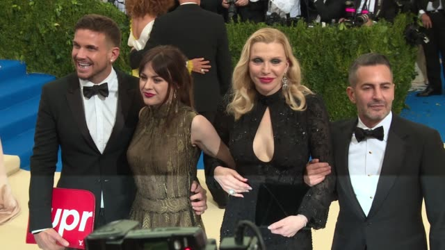 francis bean cobain and courtney love at rei kawakubo/comme des garcons art of the inbetween costume institute gala arrivals at the metropolitan... - courtney love stock videos & royalty-free footage