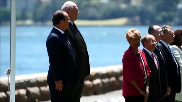 vídeos de stock, filmes e b-roll de francois hollande becomes the first french president to make a state visit to australia pushing to boost ties almost two decades after its nuclear... - oceano pacífico do sul