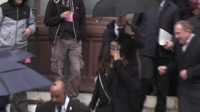 francoishenri pinault and salma hayek leave the stella mccartney show as part of the paris fashion week womenswear fall/winter 2017/2018 on march 6... - stella mccartney marchio di design video stock e b–roll