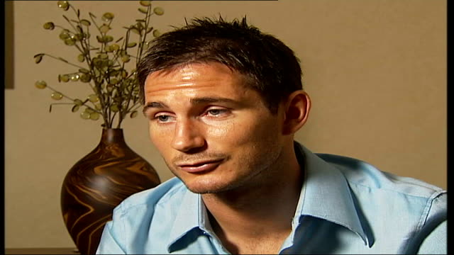 frank lampard interview about autobiography; london: int frank lampard interview sot - i had a lot of shots, normally i would score some goals out of... - 伝記点の映像素材/bロール