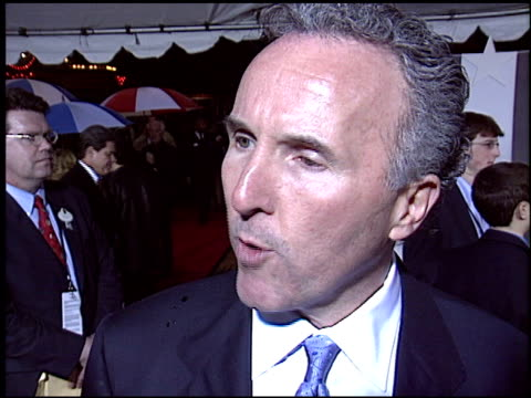 frank mc court at the 'miracle' premiere at the el capitan theatre in hollywood california on february 2 2004 - el capitan kino stock-videos und b-roll-filmmaterial