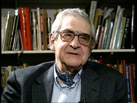 vídeos y material grabado en eventos de stock de frank muir; itn england: london w1 denis norden intvw - he didn't deliver a line/ he had way of phrasing that appealed to me enormously - denis norden