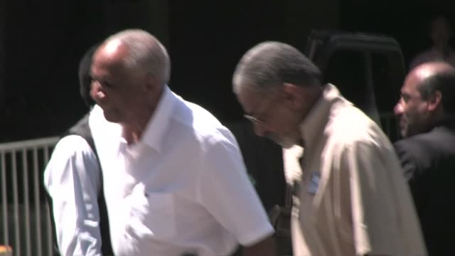 frank robinson at the staples center in los angeles - the center stock videos & royalty-free footage