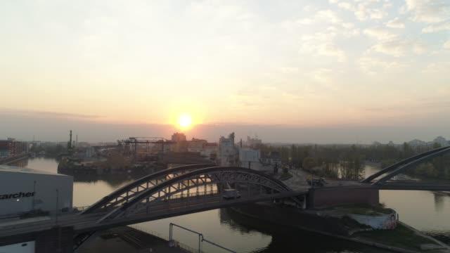 vídeos de stock e filmes b-roll de frankfurt am main/ aerial/ drone - alemanha