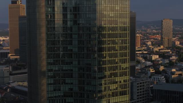 frankfurt, drone, skyline - bank stock-videos und b-roll-filmmaterial
